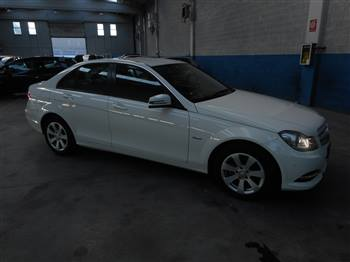 MERCEDES 200 CDI EXECUTIVE BLUEEFFICENT