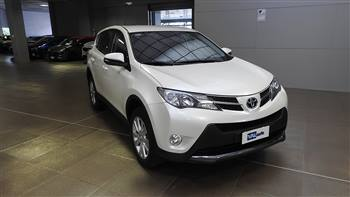 TOYOTA 2.2 D  STYLE 4WD