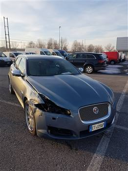 JAGUAR 2.2 D PREMIUM LUXURY