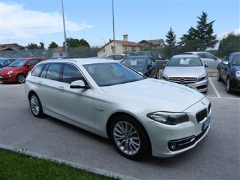 BMW D TOURING XDRIVE LUXURY